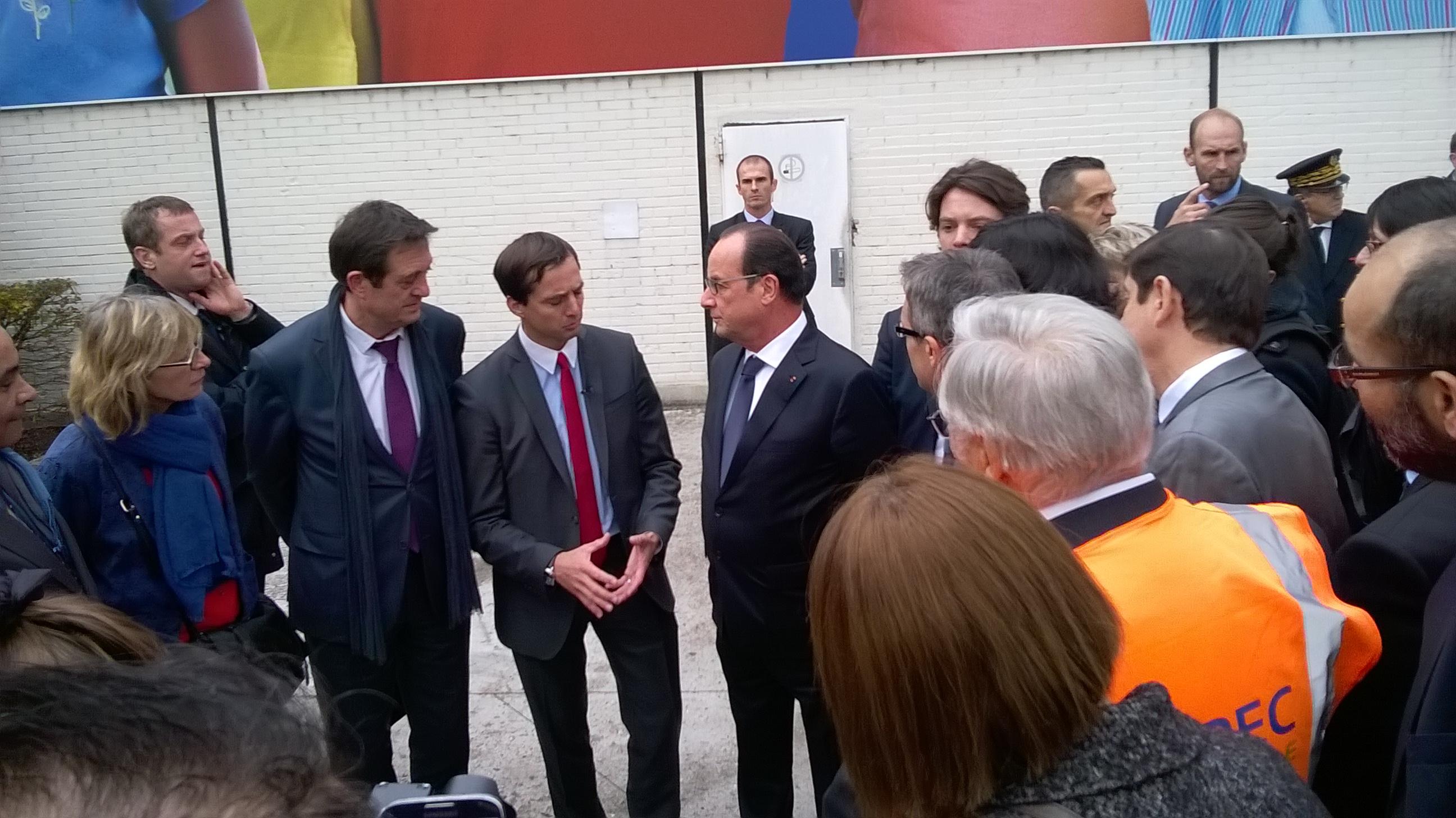 Le President Hollande, les TPE et B4E